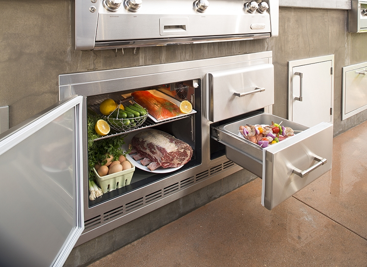 Alfresco lxe series 42 inch built in refrigerator for Outdoor kitchen refrigerators built in