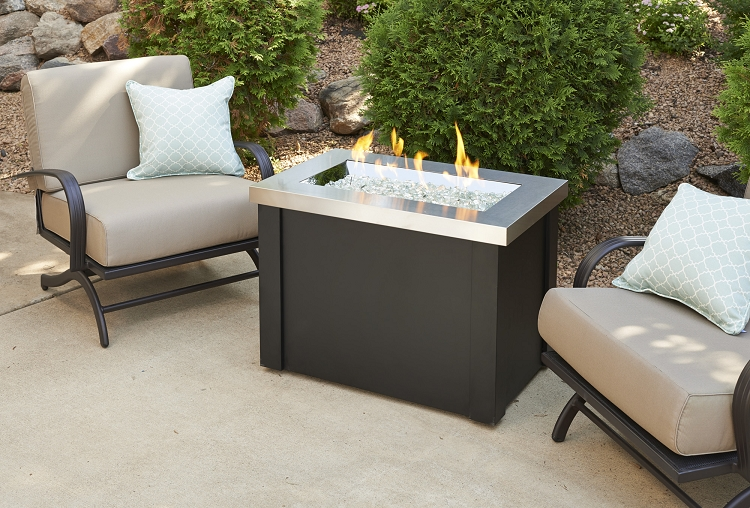 Providence fire pit table marbleized noche supercast top for Great outdoor room company