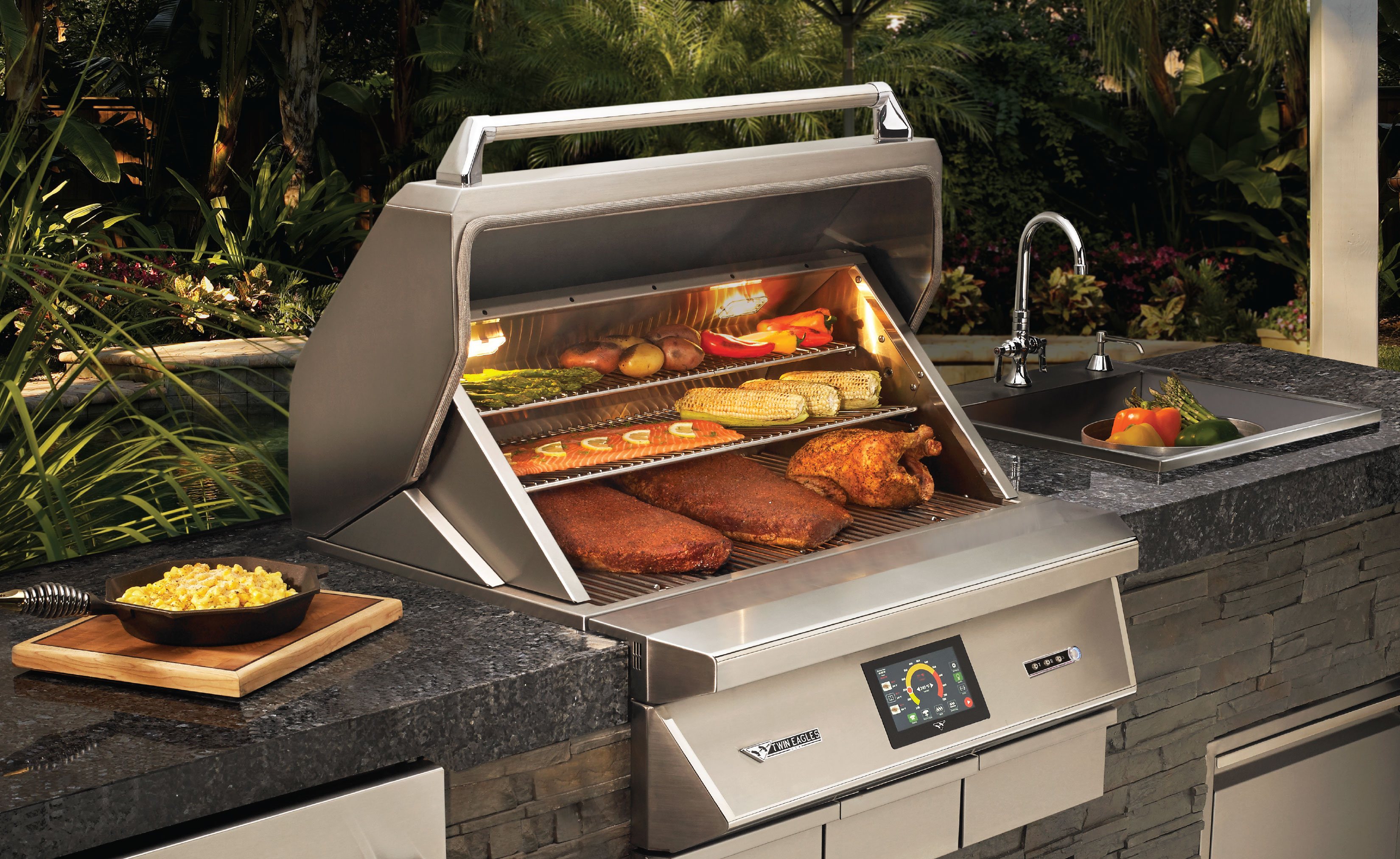 """Twin Eagles 36"""" Wood Fired Pellet Smoker & Grill Built In"""